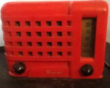 RED Emerson Emersonette 540 table top tube radio, midget. Working