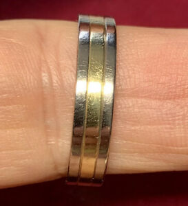 Quality - Mens 18ct 750 White & Yellow Gold Wedding Band Ring Size X 1/2  7.0g