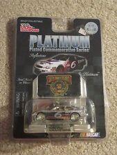 Racing Champions Platinum #6 Valvoline Ford Taurus Mark Martin 1:64 MOC 1998