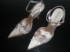 Eleganti scarpe con tacchi a spillo, nuove, misura 36,  col. oro