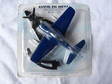 2 avions en métal CORSAIR et MIRAGE échelle 1/100ème sous blister