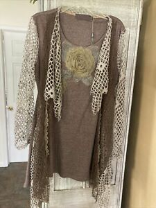 NWOT-Pretty Angel  3/4 Sleeve Top Lace Up Women's Gray Vintage Style Size small