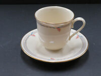 Lenox Fine Bone China GRAMERCY Calla Lily Pattern Gold Trim Cup and Saucer