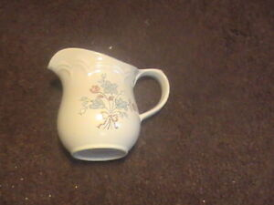 Cordella Collection Bluet Sugar Bowl with lid & Creamer Stoneware Made in Japan