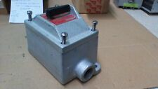 CROUSE HINDS DS415 EXPLOSION PROOF ENCLOSURE WITH THREE POLE 30A SWITCH