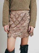 $128 FREE PEOPLE SCALLOP ROSE GOLD EMBELLISHED MINI LINED SKIRT Sz XS