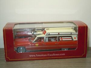 Cadillac S&S Ambulance Fire Rescue - Neo Scale Models 1:43 in Box *52267