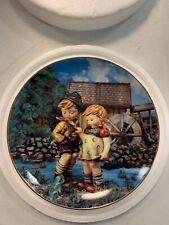 M.I.Hummel Danbury Mint Little Companions �Hello Down There� Plate Tv1162