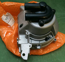 VESPA GTS250 FLYWHEEL COVER / HOUSING 8482595 GENUINE PIAGGIO