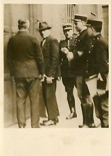 Avesnes, Hernu et Binet de retour en prison Vintage silver print Tirage arge