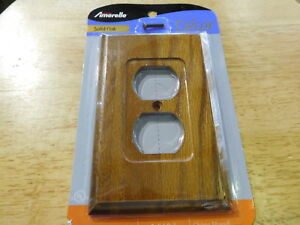LOT of 6 AmerTac AMERELLE SOLID OAK WOOD DUPLEX WALL OUTLET COVER PLATES
