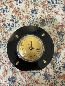 Howard Miller Art Deci Black Acrylic w/ Gold Face Mantle Clock Battery operated