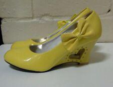 Ladies/Girls Hi Heel Yellow Heart in Heel Wedge SCZ22630YW35 SIZE 35