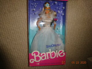Barbie Stardream  all sparkle , shiny crown long dress,ring on right hand 1987