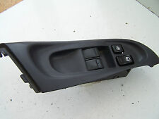 Nissan Almera (2000-2003) Right door window switch