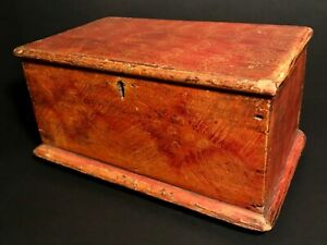 TENNESSEE/OHIO VALLEY PAINTED MINIATURE BLANKET CHEST,TULIP POPLAR,SQUARE NAILS