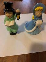 VINTAGE HOLLAND MOLD HANDMADE PAINTED CERAMIC 2 CHRISTMAS CAROLER Figurines