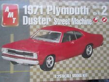 1971 PLYMOUTH '71 DUSTER V-10 STREET MACHINE  AMT 31834  1:25 KIT