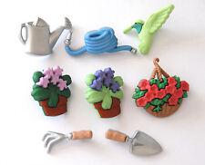 Gardening Buttons / Humingbird & Flowers / Dress It Up  Jesse James # 6960
