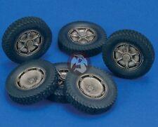 Royal Model 1/35 Autoblinda 41 (AB 41) Artiglio Wheels Set WWII (6 pieces) 491