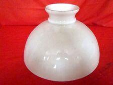 abat-jour dôme en opaline blanche diam. 32,5 cm pour suspension (époque 19 éme)