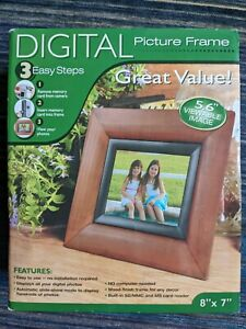 """Smartparts SPDPF56E 8""""x7"""" Digital Picture Frame High Resolution 5.6"""" LCD Display"""