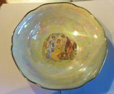 1 plat avec reflets nacrés et bordure or – « Randisek Kristau Porcelan Vechec »
