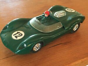 1/32 vintage Strombecker Lotus 30 sports racing car metal chassis V8 Can Am