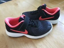Girls nike trainers size 12.5