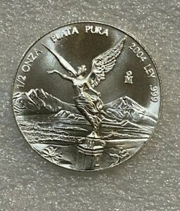 2004 Mexico 1/2 oz Silver Libertad Fractional Onza Coin  ~~ Low Mintage ~~ RARE