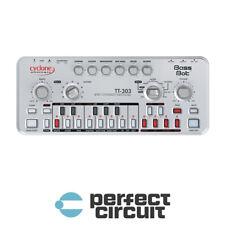 Cyclone Analogic Bass Bot TT303 Mk2 SYNTHESIZER - NEW - PERFECT CIRCUIT