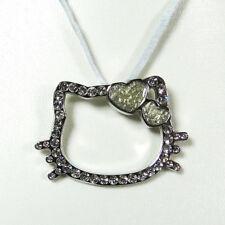 Pendentif Hello Kitty coeur vert cordon gris