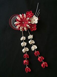 Red and White Japanese Traditional Tsumami Hair Accessory Kanzashi, Handmade