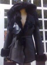 Festliche Damenjacken & -mäntel aus Leder ohne Muster mit Knöpfen