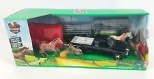 Ray Country Life Farm Die-cast Truck Trailer with Horses & Fences. NEW