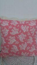 Dekokissen im Landhaus-Stil mit Rosen-Form aus 100% Baumwolle