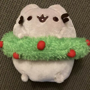 Pusheen Gund 5 Inch Mini Christmas Holiday Wreath Cat Plush Pre Owned