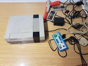 Original Nintendo NES Console 01 Bundle + 3 Controllers +Light Gun PSU +Cables