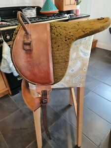 VINTAGE Donkey/Cub saddle. Would appeal to collectors.