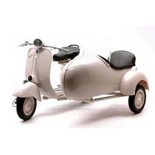 VESPA PIAGGIO 150 WITH SIDECAR 1:6 New Ray Moto Die Cast Modellino