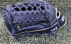 "Wilson A2000 12.5"" Baseball Glove: WTA20RB19KP92 - Left Hand Thrower"