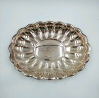 Vintage Reed & Barton Holiday #110 USA Silverplate Scalloped Silver Tray Nice!