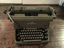 "Vintage UNDERWOOD Manual Typewriter ""Speeds the Worlds Business"" Large Frame"