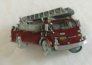 RED FIRE LADDER TRUCK SHAPED CUTOUT BELT BUCKLE BERGAMOT BRASS WORKS USA 1978