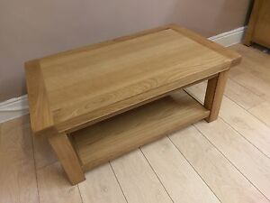 Kingsford Oak Small Coffee Table / Rustic Occasional Table / Living Room Stand