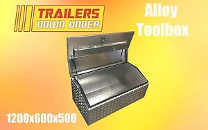 Lift Up Tapered Lid   Weather Proof   Aluminium Toolbox
