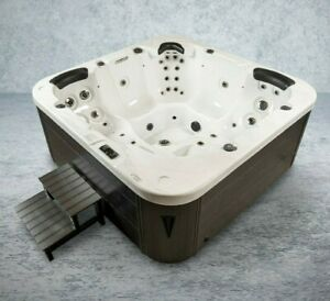 XXL Luxus SPA LED Whirlpool SET 215x215 Farblicht Outdoor+Indoor Pool 5 Personen