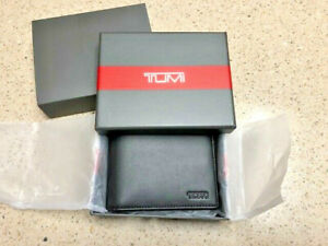 TUMI MEN'S BLACK LEATHER WALLET - Delta SLG NEW IN BOX - NWT
