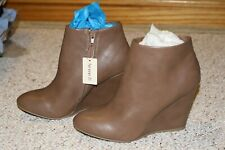 Forever 21 Faux Leather Booties NIB 8 Wedge Taupe Heel