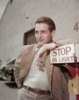 American Actor Paul Newman Leaning On A Sign OLD PHOTO
